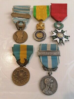 Lot Médailles Ww1 Ww2 Levant Silesie Coloniale French Medals Orders
