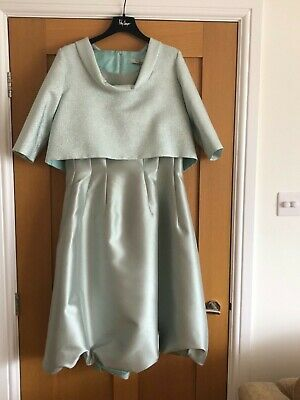 Mother of the Bride outfit by Fely Campo Size 14/16 BNWT