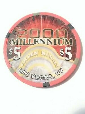 2000 Four Queens Casino Las Vegas, Nv. $5.00 Gaming Chip Great For Collection!