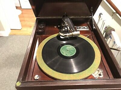 Victor Victrola IX Wind Up phonograph 1917! Portable! Not clunky! Great shape!