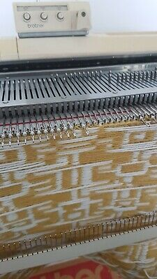 Brother KH-860 Knitting Machine  Table, New  Colour Changer, Ribber & Tools