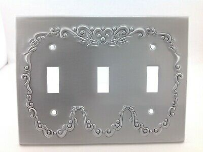 BrassSmith House - CW-3A - Pewter - Concord Wreath 3 Switch Plate