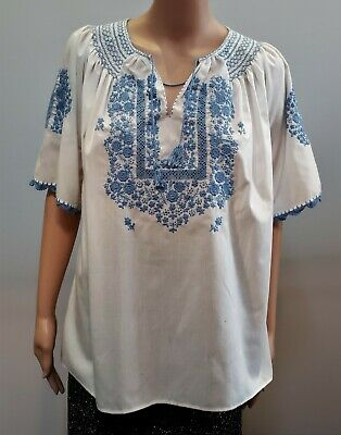 Beautiful Vintage Hungarian Hand Embroidered Blouse Size 10