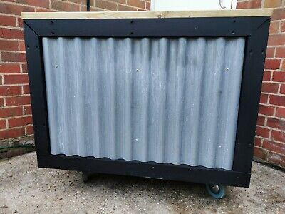 Mobile bar/catering unit