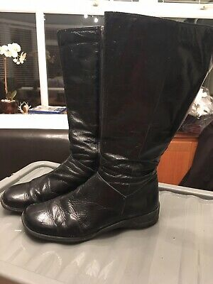 Ladies DUO size 41 Wide Calf Soft Black Leather Patent Boots. Calf 46.