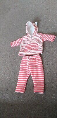 Baby Gap  baby Girls Soft Cotton 2 piece outfit. Pink And White age0-3 Months