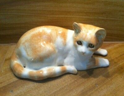 Gorgeous Vintage Winstanley England 54 Ginger And White Cat Figurine