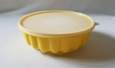 Vintage C1970'S Yellow Tupperware Jelly Mould - Complete - Jellie Mold