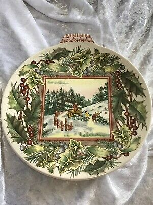"""Spode Victorian Christmas Plate """"Bringing Home The Tree"""" Third Issue E24"""