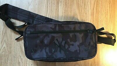 New Era New York Yankees Midnight Camo Waist Bag + Collector Magnet and Stickers