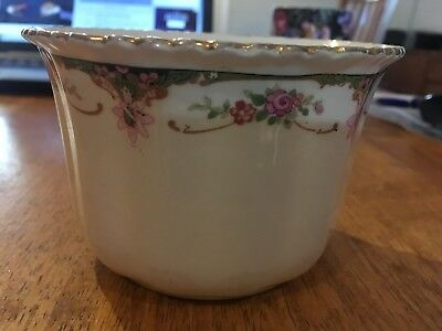 Small pretty bowl, Antique, English China, lovely rim detail, in nice condition