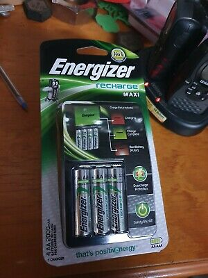 Energizer Recharge Maxi Charger With Four Rechargeable Batteries