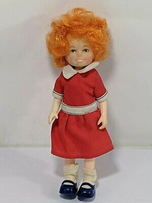 """Annie Doll 1982 6"""" Little Orphan Annie Fully Clothed Excellent Condition Vntg"""