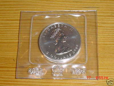 1989 Canadian $ 5 Silver Maple Leaf Coin ( .9999 Fine )