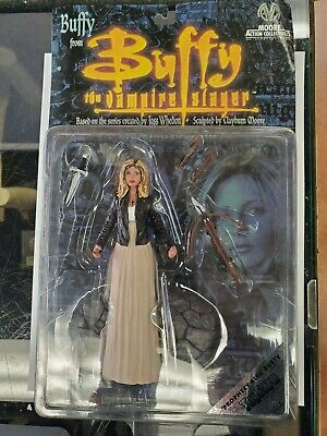 Moore Action Collectibles Buffy the Vampire Slayer Prophecy Girl Buffy