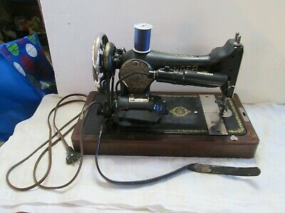 1936 Singer Sewing Machine with Knee Treadle with Case - Working!