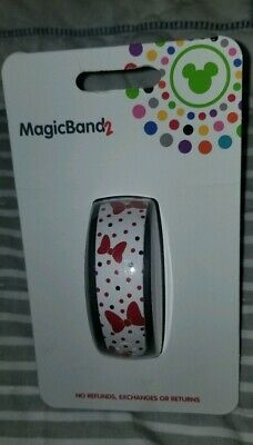 NEW Disney Parks Minnie Mouse Bows & Polka Dots White Magic Band 2 LINK IT LATER