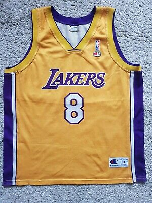 Champion Los Angeles Lakers Kobe Bryant NBA jersey in size XL