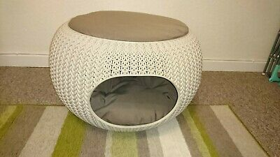 Cat Bed Dome Woven