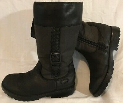 Girls Clarks Black Leather Lovely Boots Size 11.5G (135QQ)