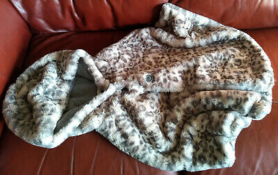 Girls Leopard Print Faux Fur Super Soft Hooded Cape. Age 9-10 Years