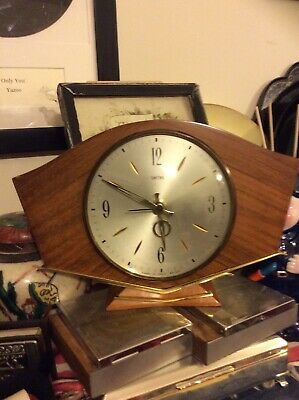 SMITHS MANTEL CLOCK-1950's MID CENTURY-WOOD & BRASS,BATTERY,SWEEPING SECOND HAND