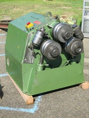 Roundo R-3 Hydraulic Angle Bending Roll with Alot of Dies