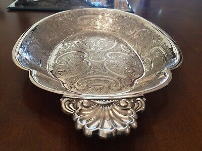 Superb Vintage Barker And Ellis Silver Plated Chased Bread Tray