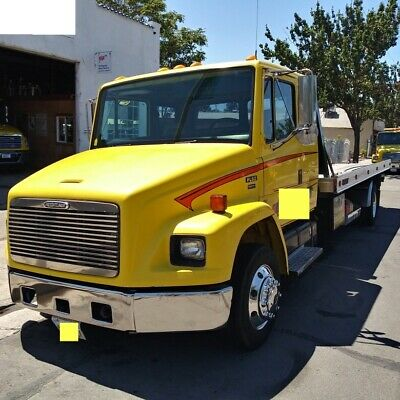 2002 FREIGHTLINER  Tow Truck Rollback