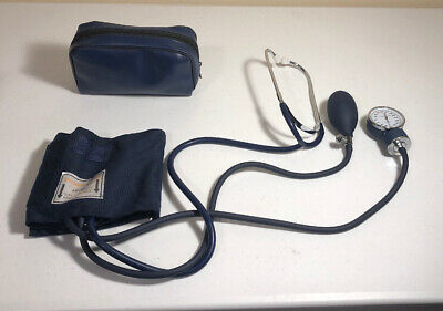 Blood Pressure Cuff Sphygmomanometer Adult Size With Case Certified