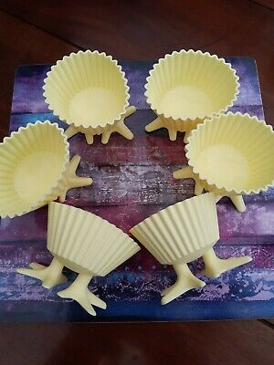 6 x Yellow Silicone Easter Cup Cake Cases With Chicks Feet