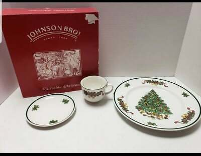New In Box Johnson Brothers Victorian Christmas 3 Pc Place Setting