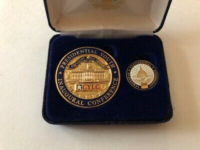 2009 Presidental Youth Inaugural Conference Coin And Pin Barack Obama