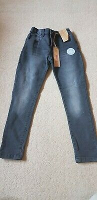 Boys black jeans. Brand new with Tags. Skinny fit Age 8 - 9