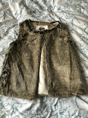 Girls Faux Fur Gillet Age 6-7 Years