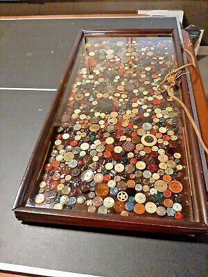 Large Antique / Vintage Buttons Collection With Old Case  Bakelite Glass Lucite