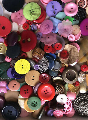 Pastel Various Sizes Crafts Job-lot 1kg Assorted Buttons Mixed Colours Bright