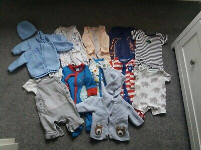 job lot of baby boys clothes up to 1 months and newborn