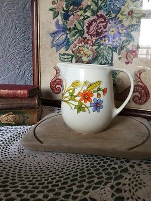 Lovely Vintage Country Kitchen Milk Jug #311