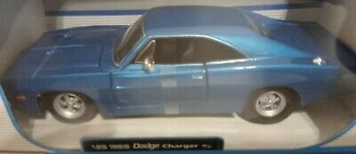 Maisto SPECIAL EDITION 1969 Dodge Charger R/T NEW IN BOX Blue 1:25