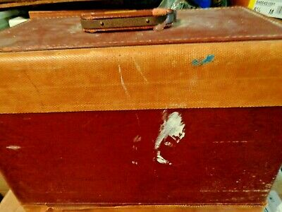 Antique Singer Sewing Machine, BZ 15-8 in Original Case