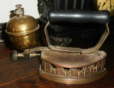 DECORATIVE COLLECTABLE VINTAGE BRASS STEAM IRON With Wooden Handle