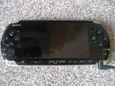 FIFA 09 SONY PSP Playstation Portable 3003  near mint Piano Black with charger.