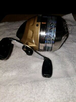 Shakespeare EZCAST8 Fishing Reel New Assorted Color