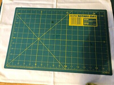 OLFA 16.5insx 10.5 ins Rotary Cutting Safety Mat  used