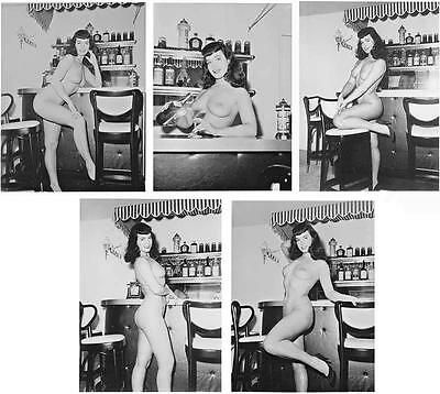 Betty Page leggy nude print woman female girl busty butt photo Bettie picture PB