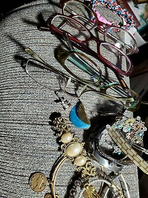 Jewelry & Glasses  Lot Monet, Fossil watch, beads