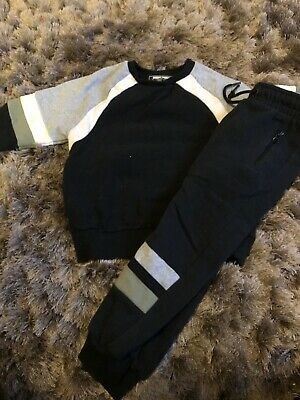 Next Jumper Joggers Tracksuit Set 4-5 Years. Excellent Condition