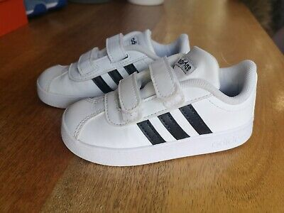 Adidas Infant White Trainers With Black Stripes Size 7 velcro fastening