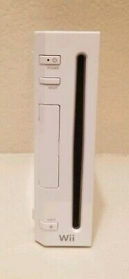 Nintendo Wii White Console Model RVL-001 - Console Only - Gamecube Compatible